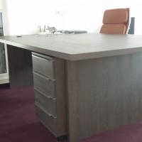 Üzleti bútorok egyedi